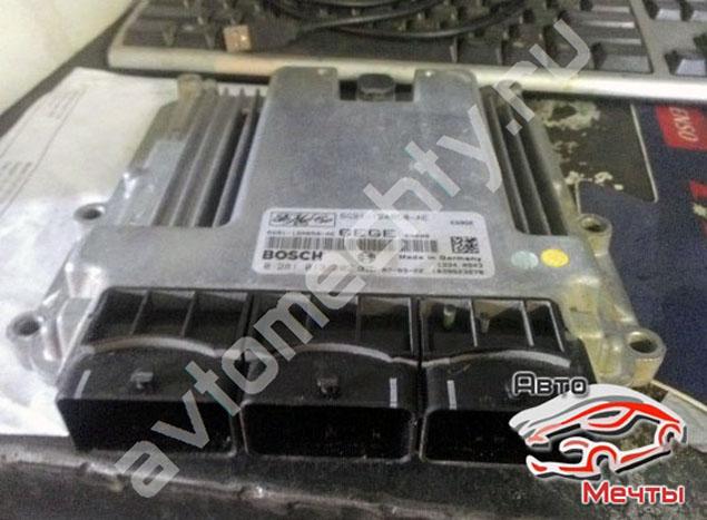 Электронный блок управления двигателем Land Rover Freelander 2