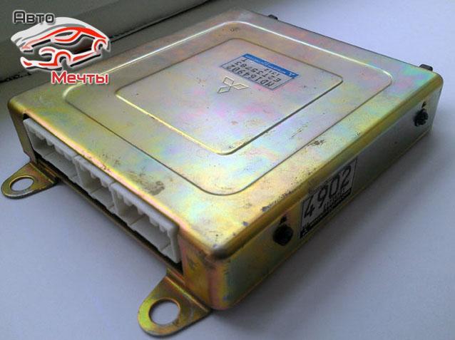 Электронный блок управления двигателем Mitsubishi Electric автомобиля Mitsubishi Diamante 2.5L, дв. 6G73 SOCH (каталожный номер E2T35783 (MD164902))