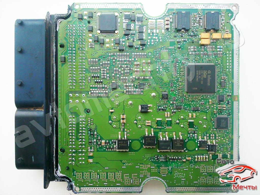 Фото печатной платы ЭБУ Bosch EDC17CV54