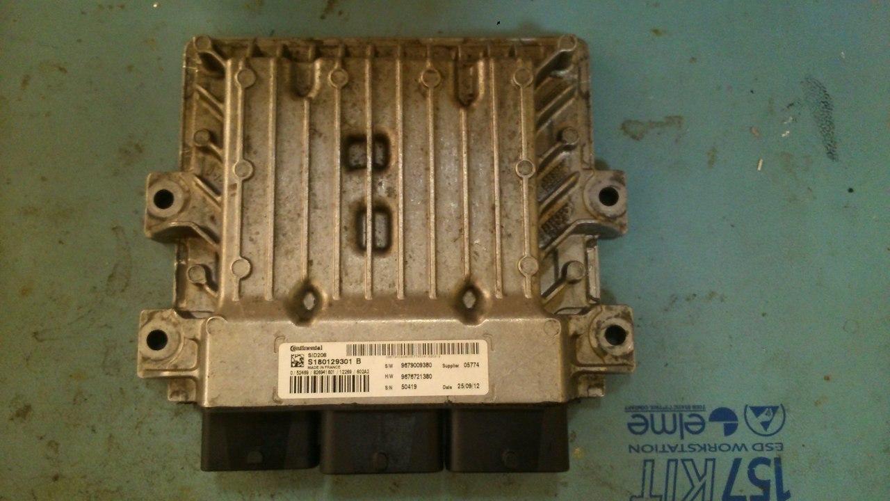Электронный блок управления двигателем Continental SID208 автомобилей Citroen Jumper, Fiat Ducato, Ford Transit и Peugeot Boxer. Каталожный номер W: 9676721380 SW: 9679009380, S180129101B